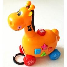 Музикална играчка на колела жирафче